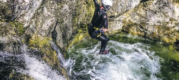 extreme canyoning Soča